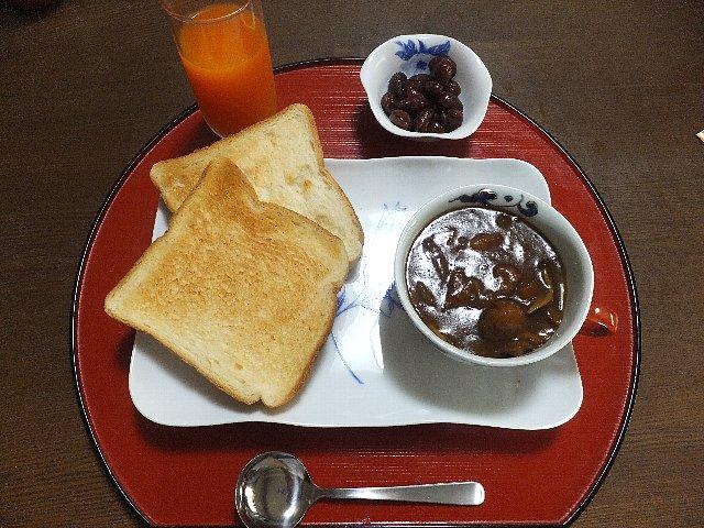 カレーと煮豆