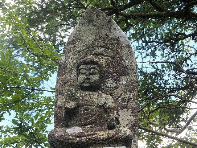 古処山の石仏