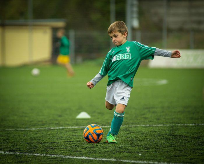 サッカー 少年