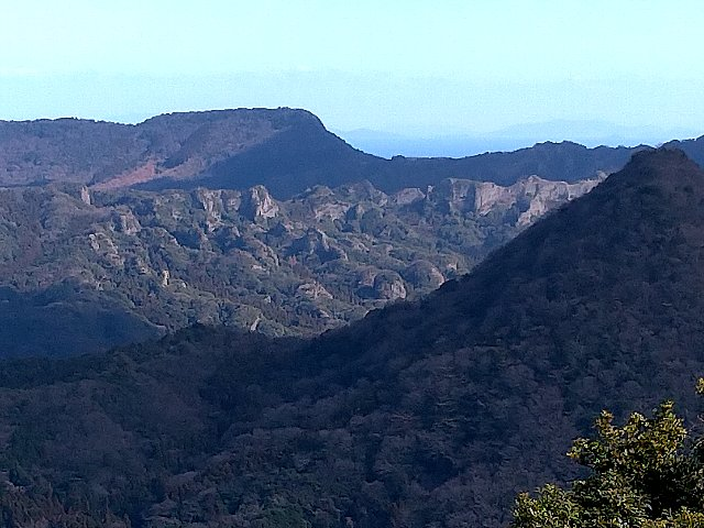 猪群山から見える中山仙境