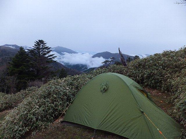 剣山西島野営場のテント