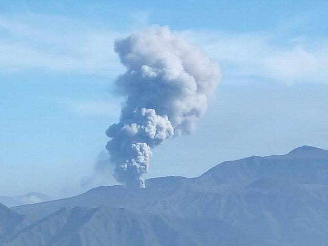 阿蘇中岳の噴煙