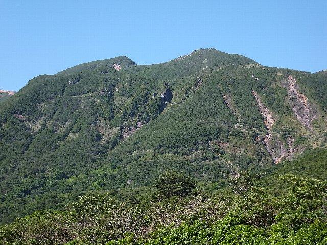 中岳と天狗ヶ城の双耳峰