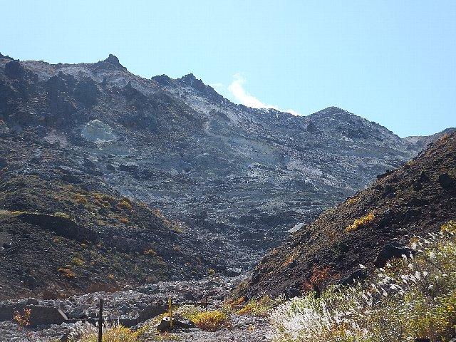 星生山の噴煙