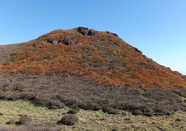 三俣山南峰の紅葉