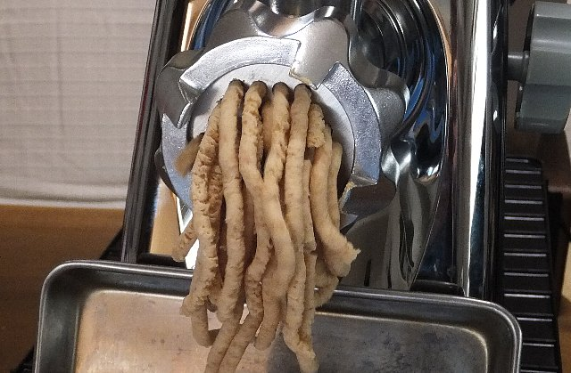 電動ミンサー 味噌作り
