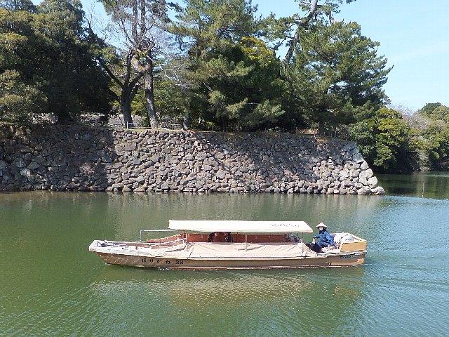 松江城 内堀を巡る遊覧船