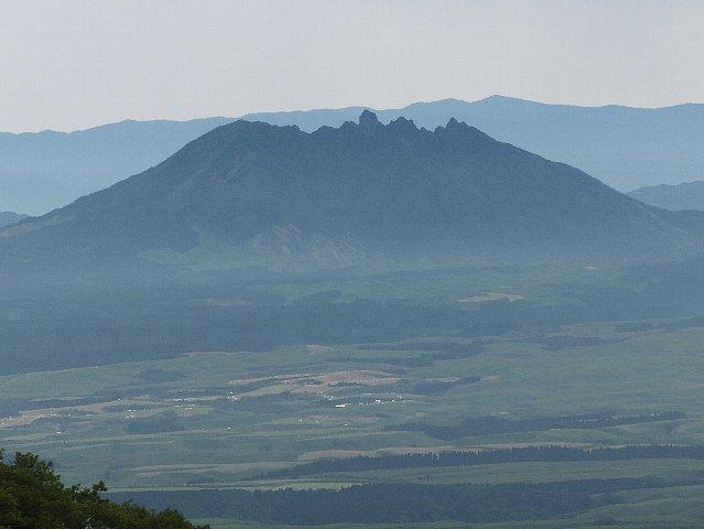 阿蘇根子岳