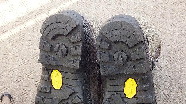 登山靴のソール張り替え